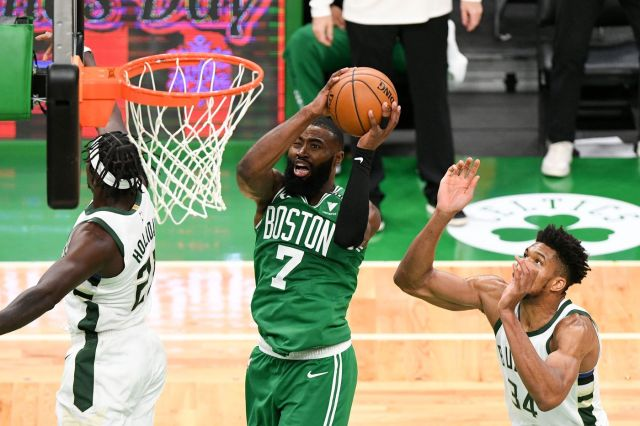 Milwaukee Bucks vs Boston Celtics NBA Odds and Predictions