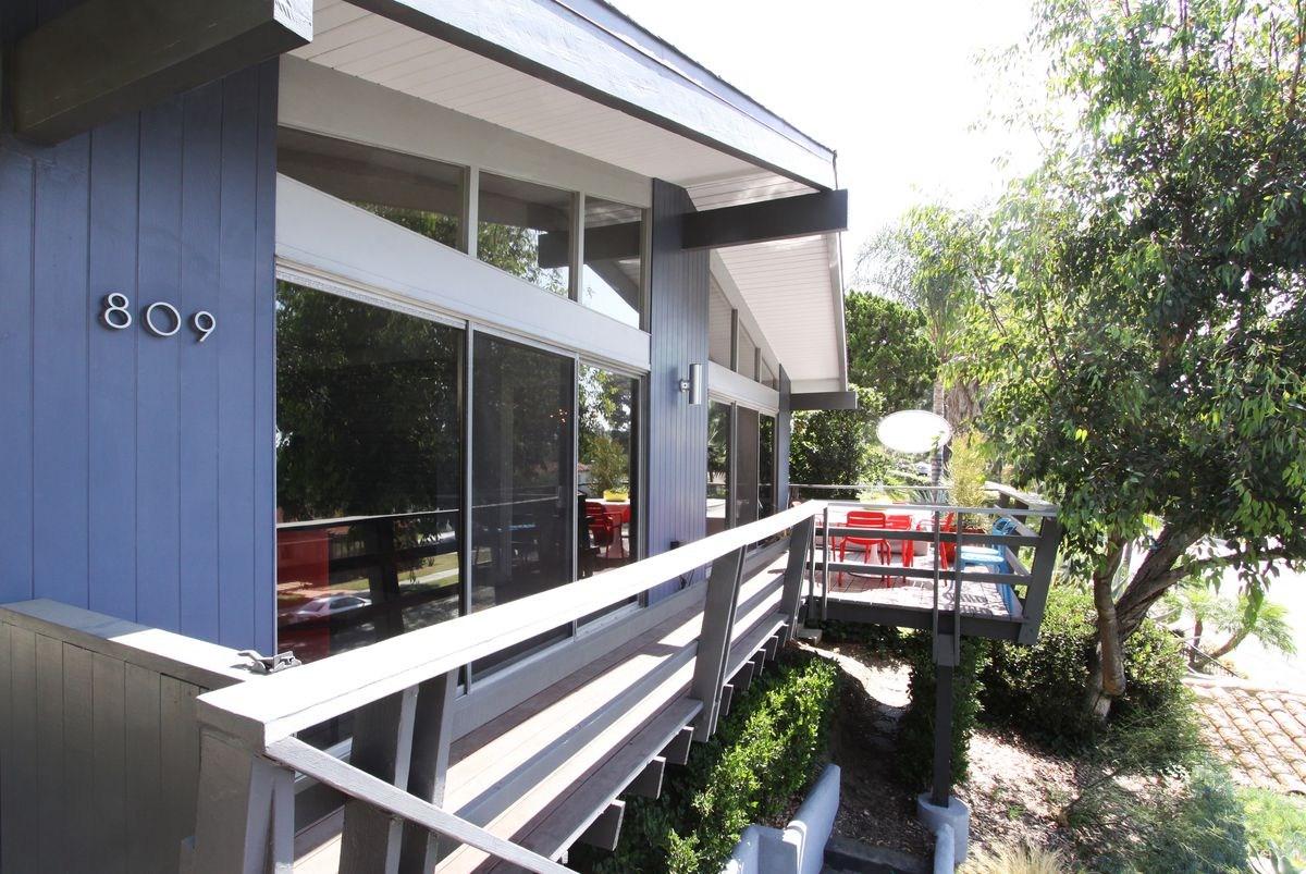 Updated Midcentury Modern With Wraparound Deck Asks 998K In   Mid Century Modern Handrail   Porch   Interior   Art Deco   Wooden   Railing
