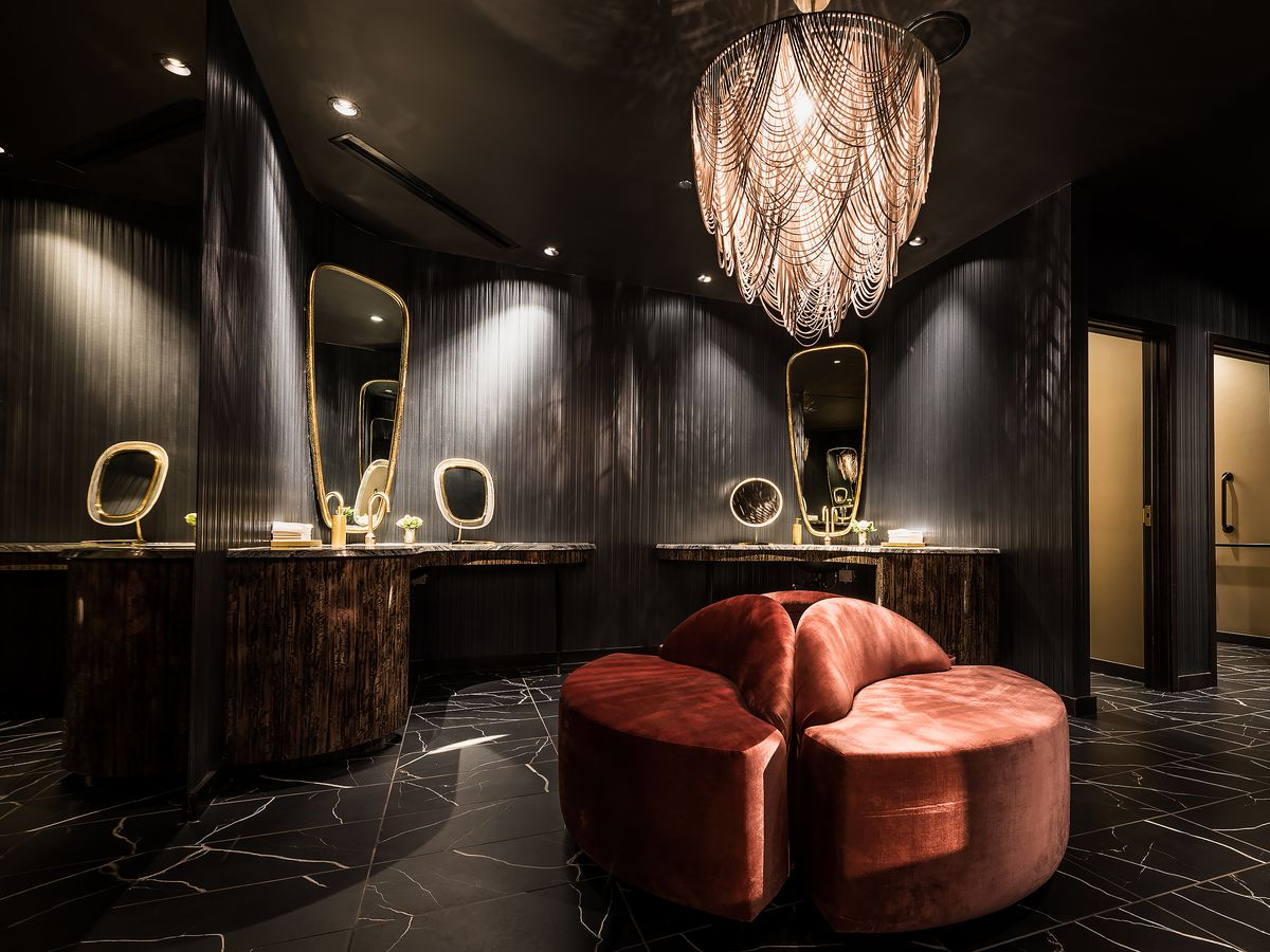 12 chicago restaurant bathrooms you'll want to put on instagram