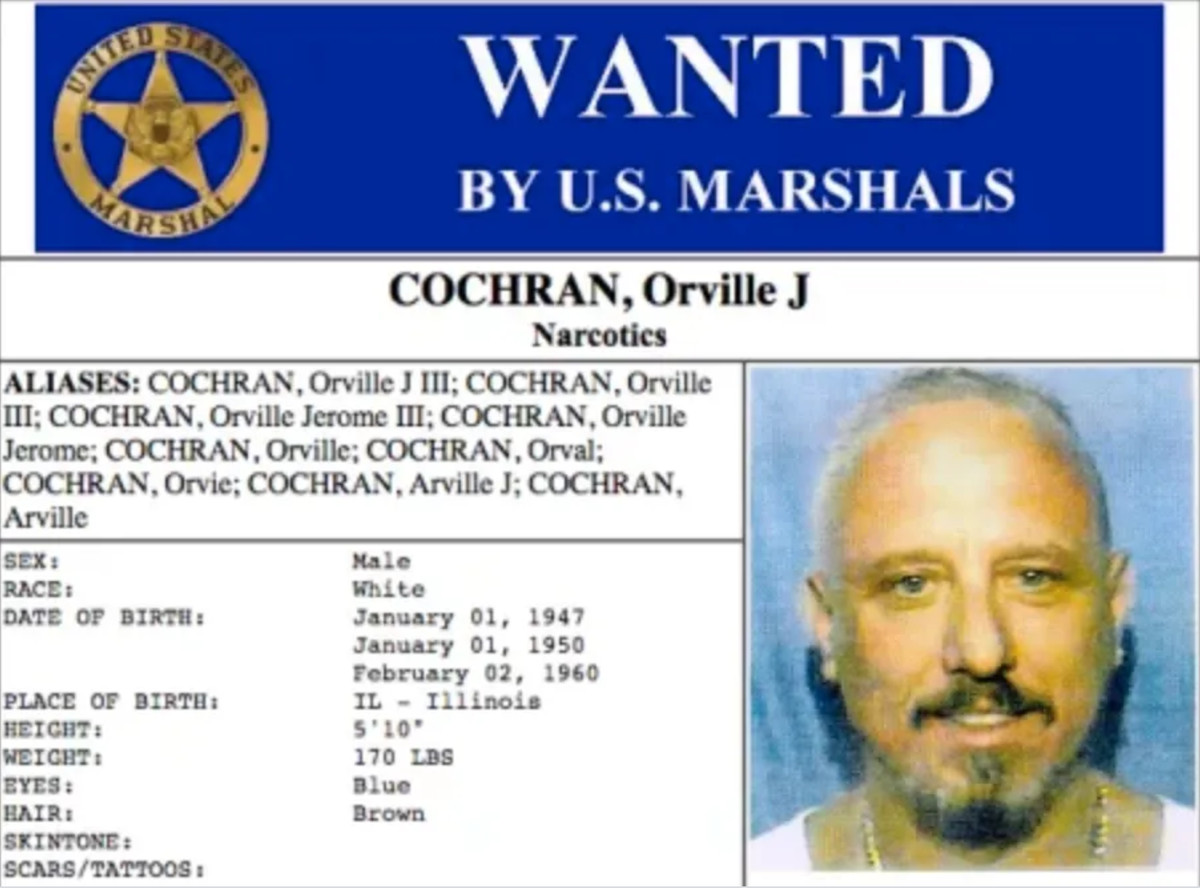 A wanted poster from when Orville Cochran was on the run.