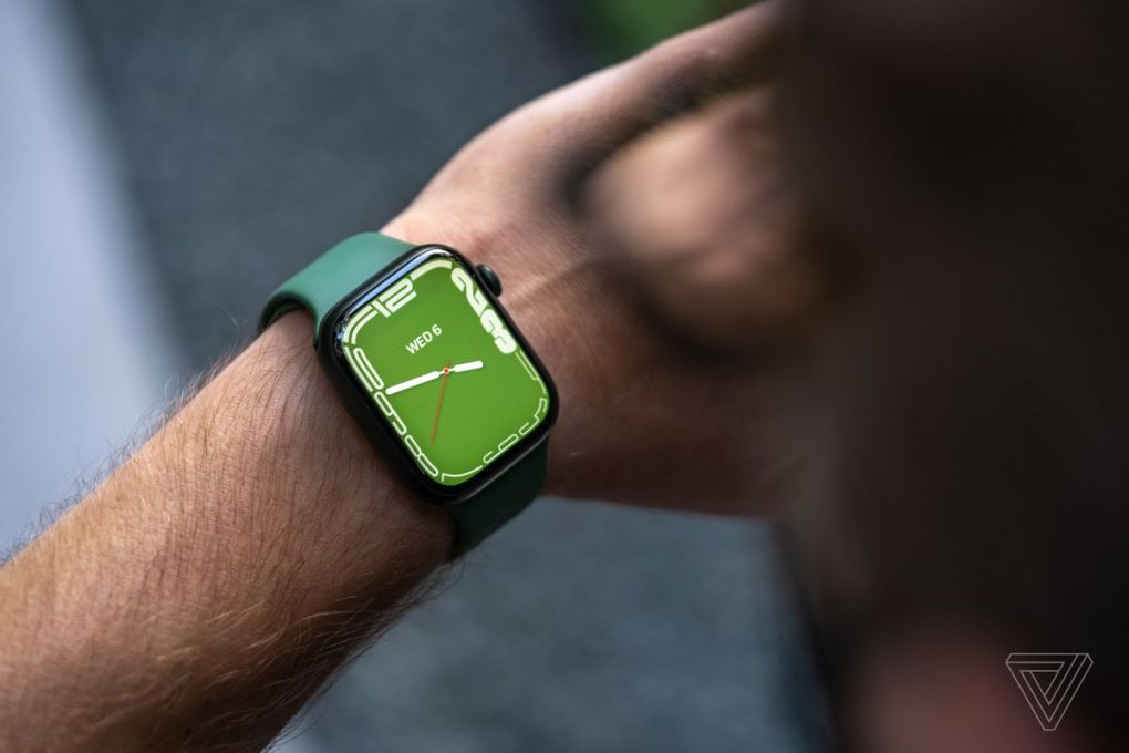 The Contour watch face is exclusive to the Series 7.