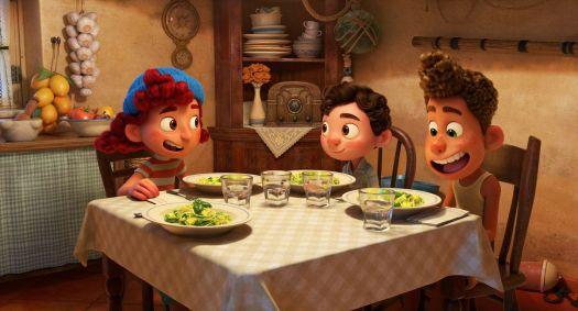 giulia, luca, and alberto eating pasta