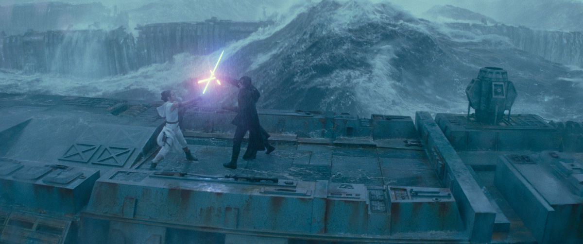 rey and kylo ren battle in the rain atop sunken death star wreckage in Star Wars: The Rise of Skywalker