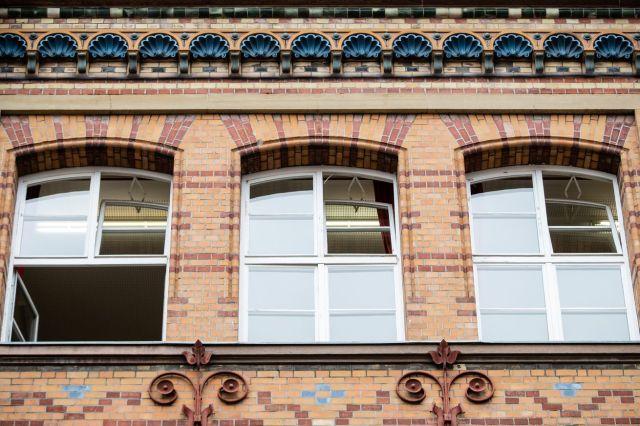 Open school windows
