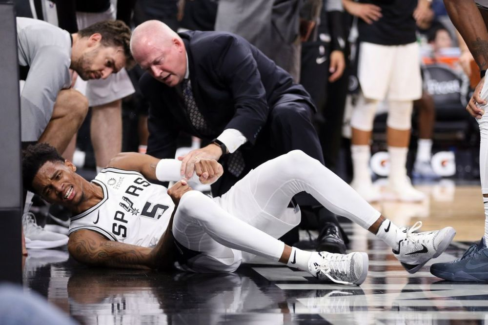 Image result for dejounte murray injury