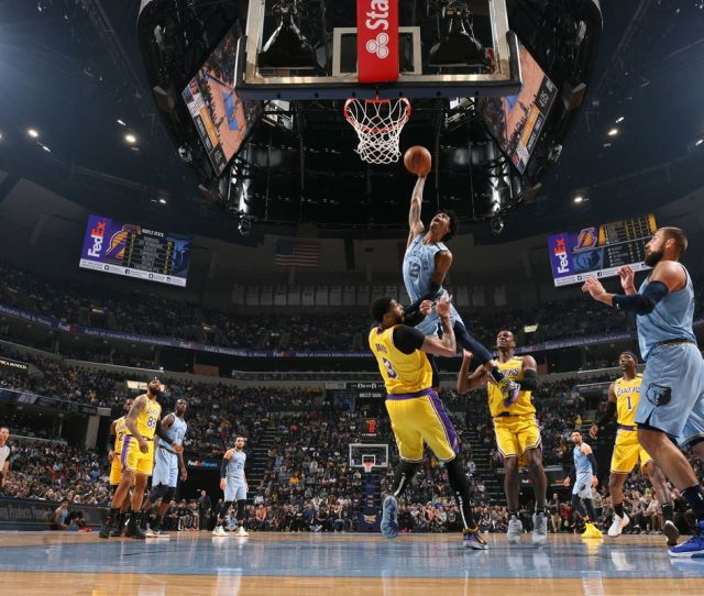 Lakers Vs Grizzlies Final Score L A Gets Mauled By Memphis