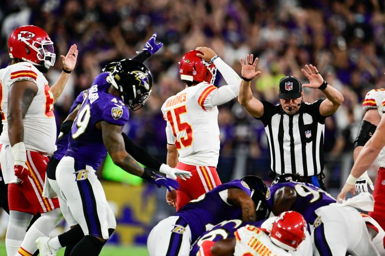 Was it right for the Chiefs to run on last offensive play against Ravens?