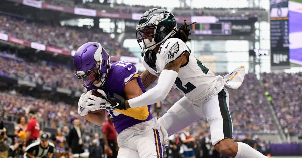 FINAL SCORE: Eagles secondary struggles in loss to Vikings, 38-20