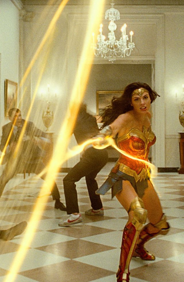 Wonder Woman throws her lasso of truth