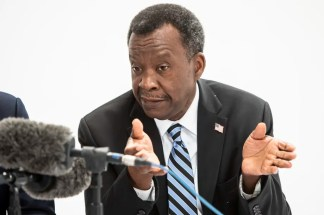 Chicago Businessman Willie Wilson Says He Will Pay 0 Fines for Three Illinois Churches Holding In-Person Services