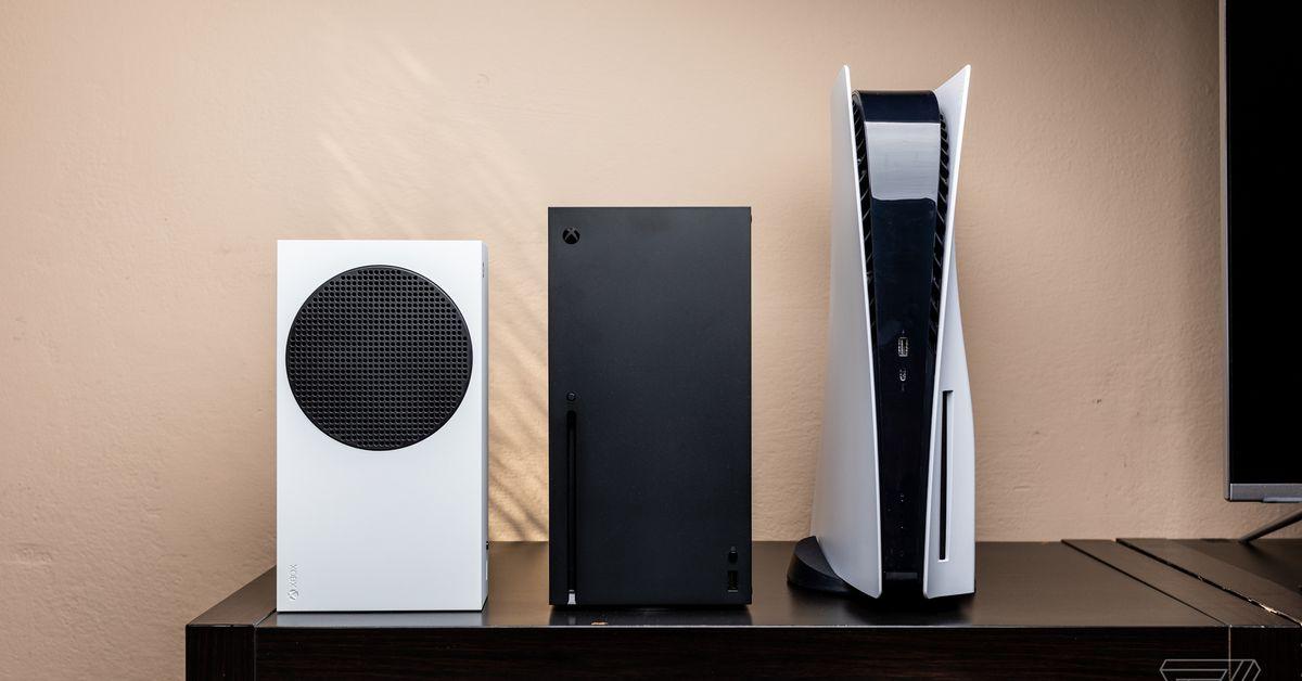 PS5 vs. Xbox Series X: the next-gen consoles in photos
