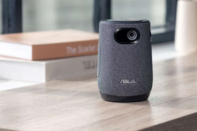 feature.0 Asus' latte dispenses movies instead of coffee and milk | The Verge