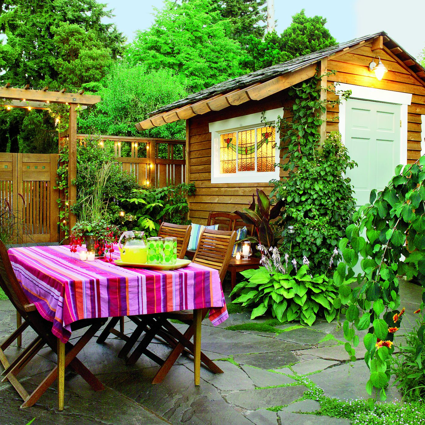 thrifty ways to create outdoor dining