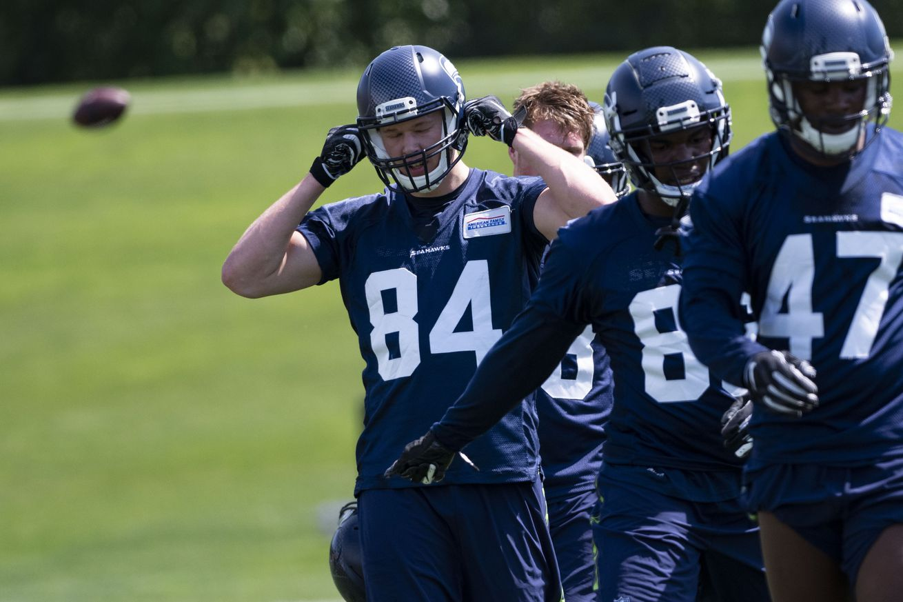 NFL: MAY 04 Seahawks Rookie Mini-Camp