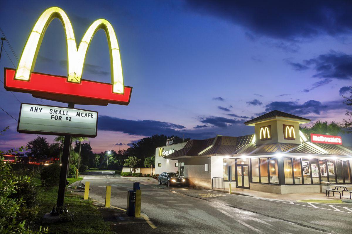 First Fast Food Restaurant America