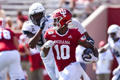COLLEGE FOOTBALL: SEP 21 UConn at Indiana
