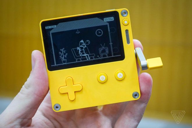 F558C979_3BAF_4B2D_ADC3_CDFC275FFA64.0 Here's when and how you can preorder the Playdate handheld | The Verge