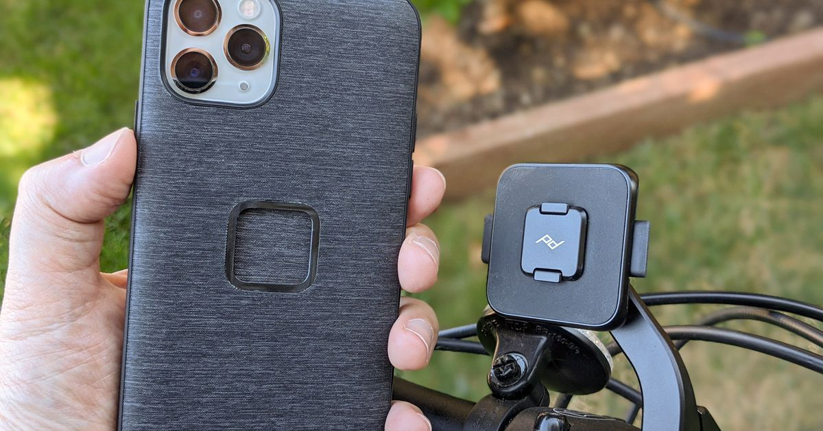 Peak Design's new magnet-powered phone case system delayed until August