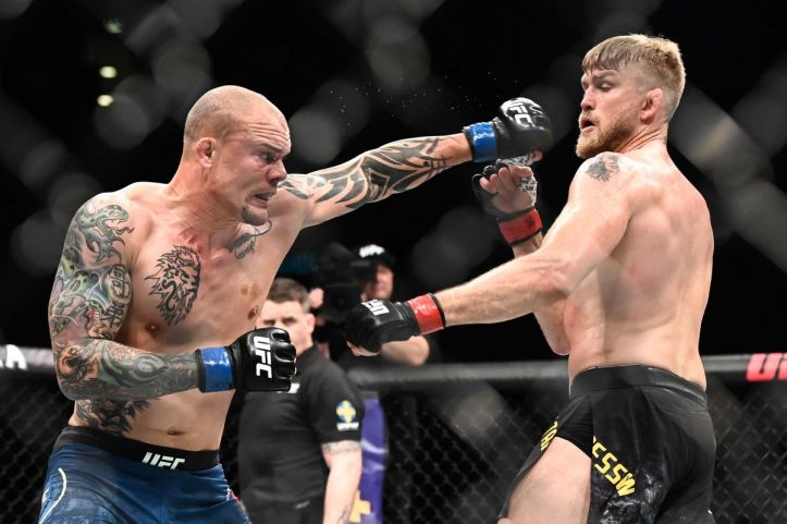 In a single moment, Alexander Gustafsson and Anthony Smith show thrill and  heartbreak of MMA - MMA Fighting