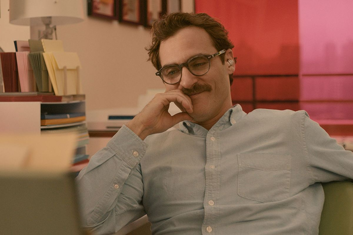 Her' review: Spike Jonze's sci-fi love story rethinks romance | The Verge