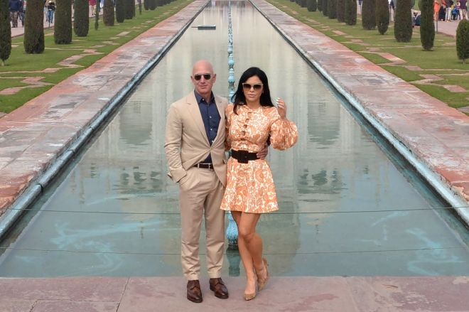 1195131100.jpg.0 Jeff Bezos bought the most expensive property in LA with an eighth of a percent of his net worth   The Verge