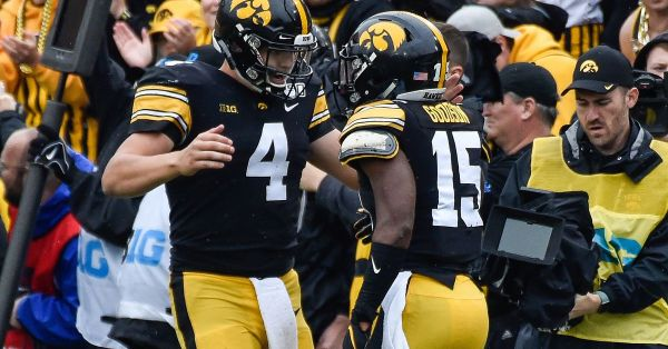 Iowa Hawkeyes 26, Purdue Boildermakers 20: Touchdowns are Fun!
