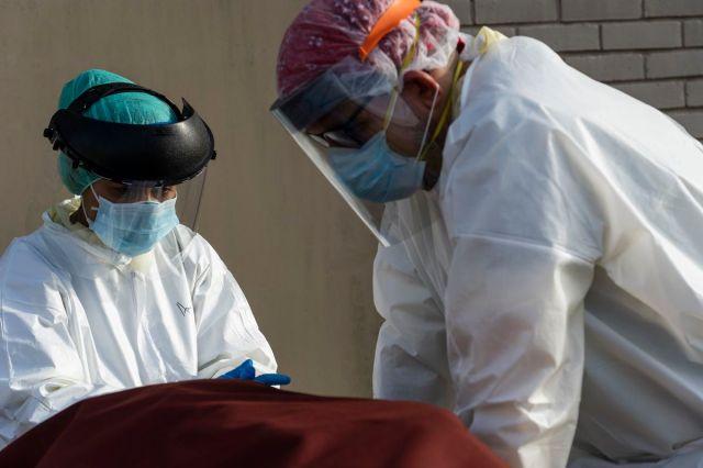 تتعامل مستشفيات تكساس مع طفرة الدولة في حالات الفيروس التاجي