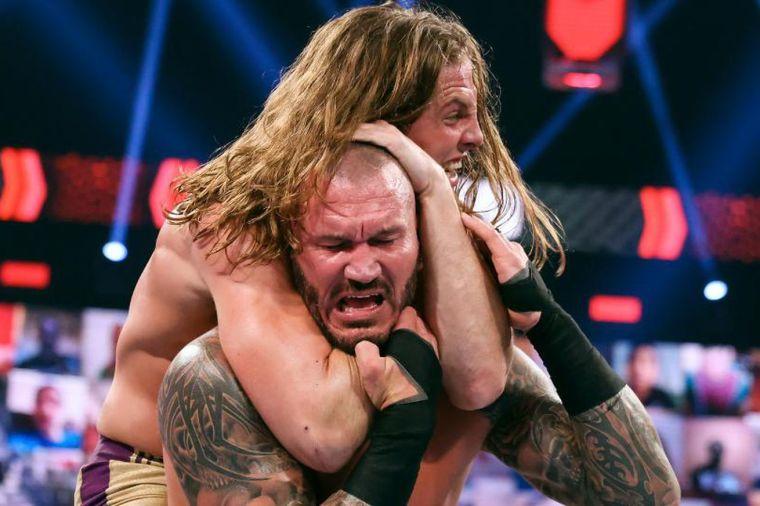 Raw highlights: Charlotte Flair attacks, RKO vs. Bro, more!