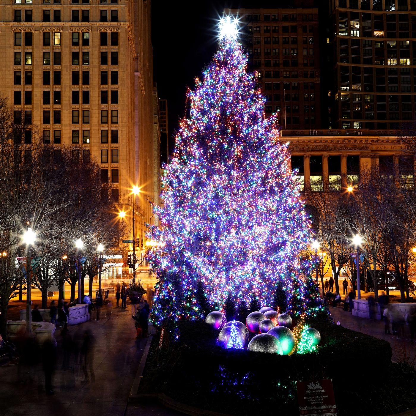 The 106 Year History Of Chicago S Christmas Tree Lighting Tradition Curbed Chicago