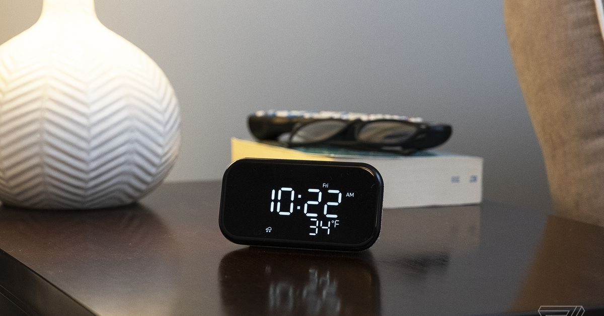 Lenovo's Smart Clock Essential plus four smart lightbulbs are  at Best Buy
