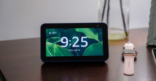 Amazon Echo Show 5 (second gen) review: small screen, small updates