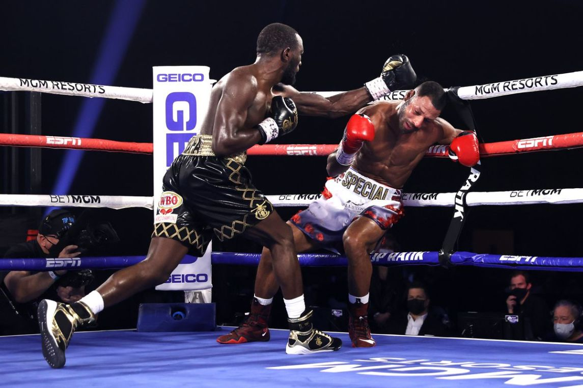 Terence Crawford Smashes Kell Brook In Fourth Round, Retains Wbo Belt - Bad Left Hook