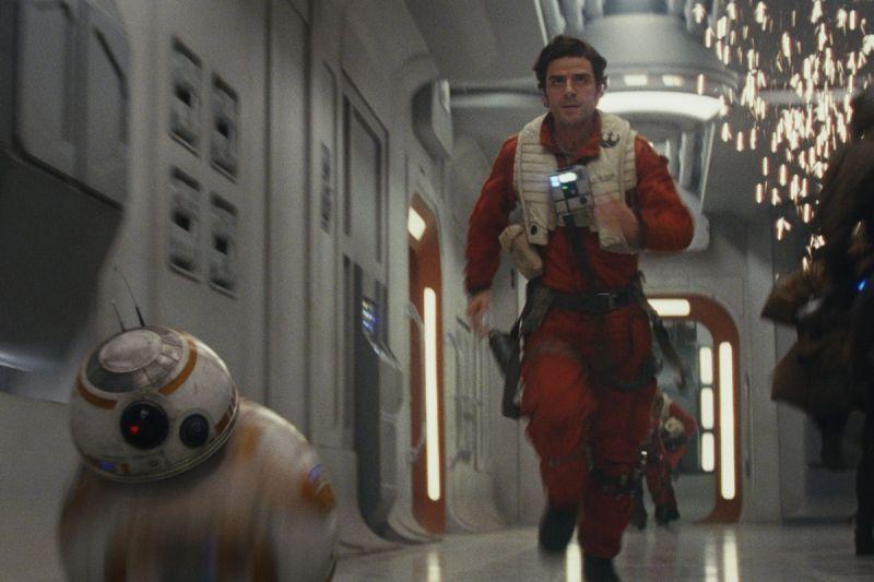 Oscar Isaac as Poe Dameron in Star Wars The Last Jedi