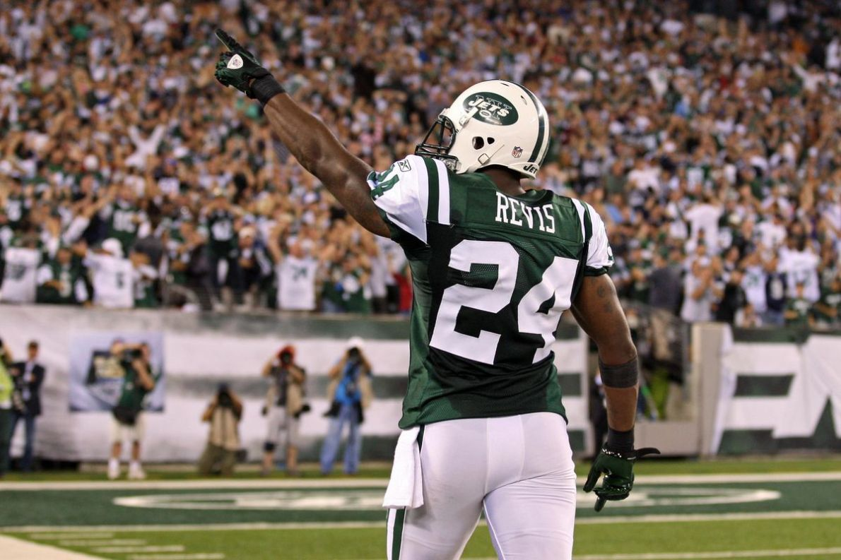 Darrelle Revis agrees to deal with New York Jets - SBNation.com