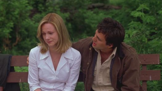 You Can Count on Me: Laura Linney and Mark Ruffalo sitting on a bench consoling each other