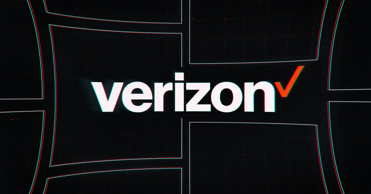 Verizon adds broadband customers, but revenue dips amid slower device sales