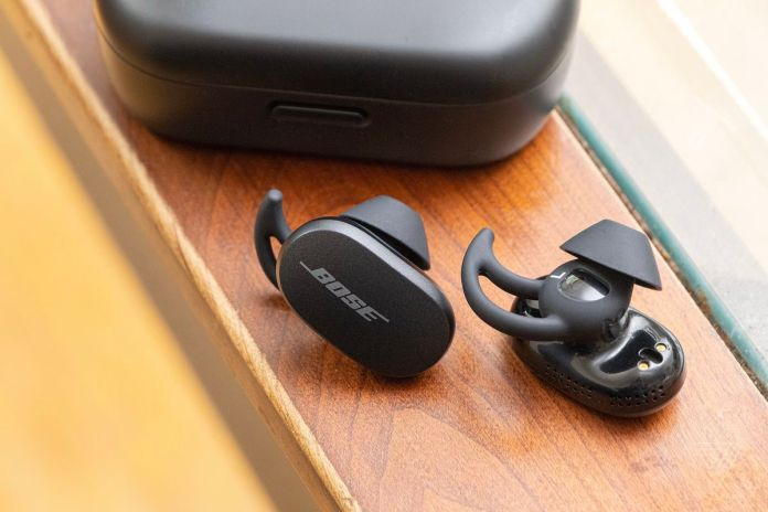 Bose Quietcomfort Earbuds Review Noise Canceling Champion The Verge