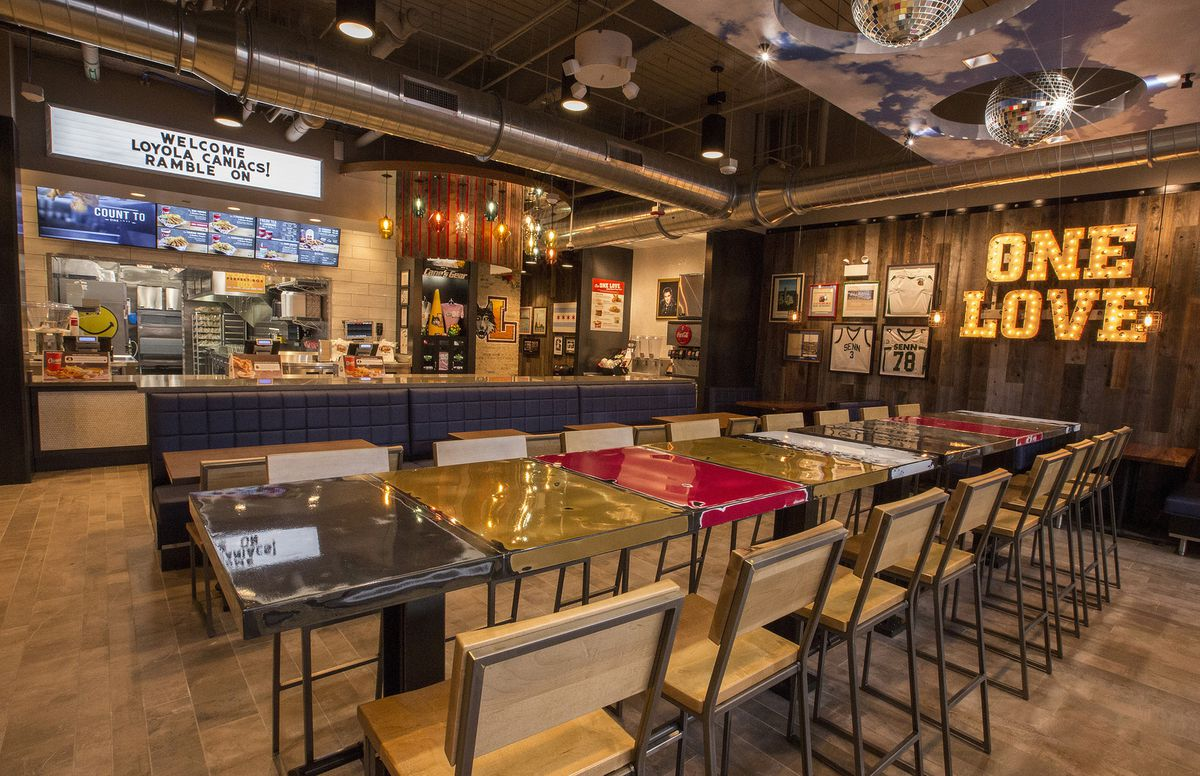 Raising Canes Restaurants Inside