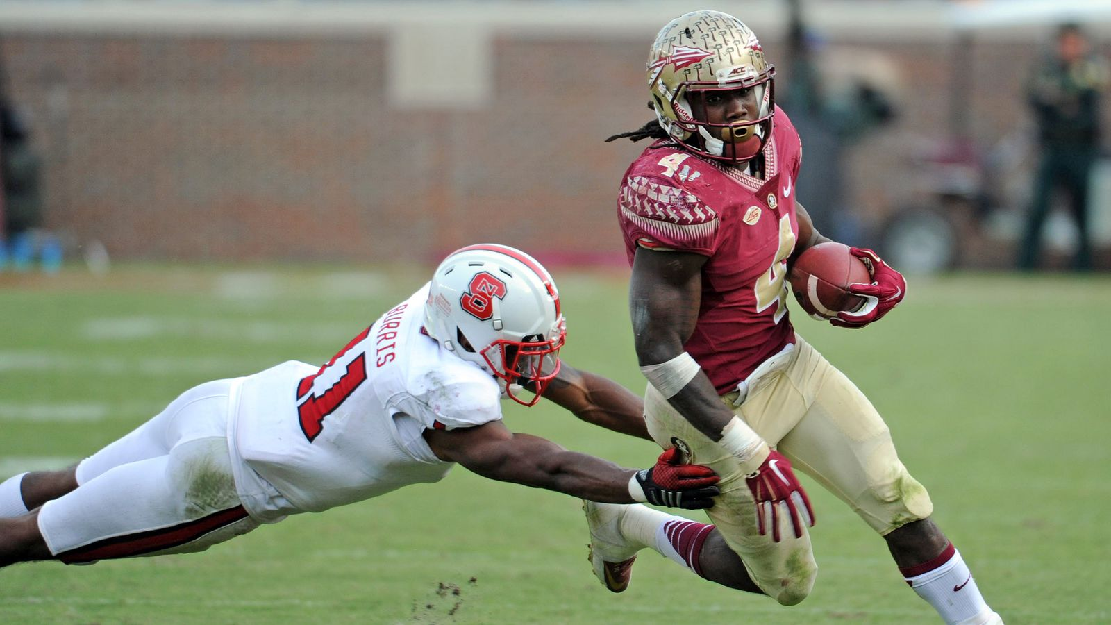 Dalvin Cook Makes His Heisman Case-- On The Field And Off