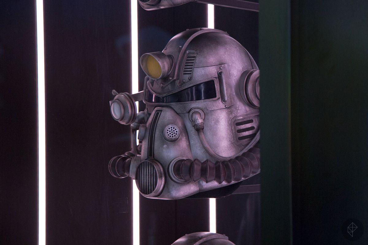 Fallout 76 Power Armor Helmet At Bethesdas E3 Booth