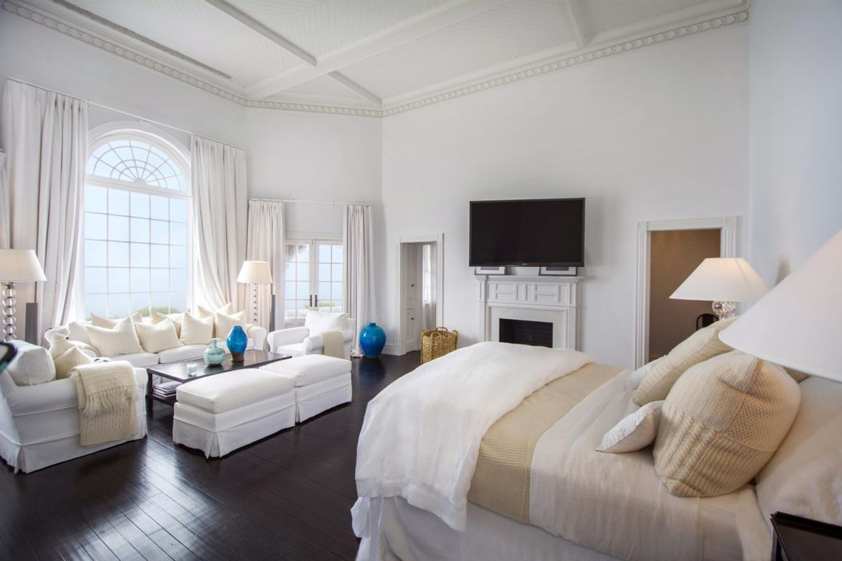 The Master Suites Of The Most Expensive Hamptons Homes