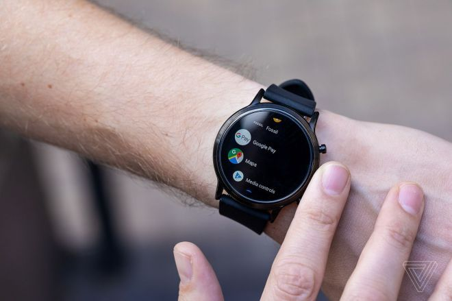akrales_190822_3612_0052.0 Google is making it easier to find Wear OS apps on the Play Store | The Verge