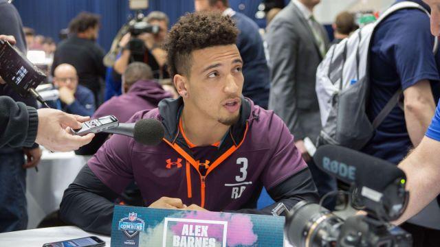 Nfl Combine Results 2019 Alex Barnes Breaks Jerick Mckinnon S Bench