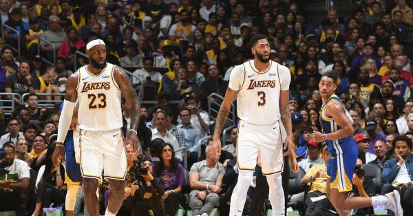 Lakers play their best basketball of preseason, dominate shorthanded Warriors,