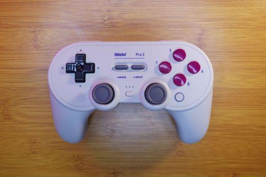 The 8Bitdo Pro 2 Nintendo Switch controller