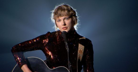 Taylor Swift fans are getting caught up in the Virginia gubernatorial race