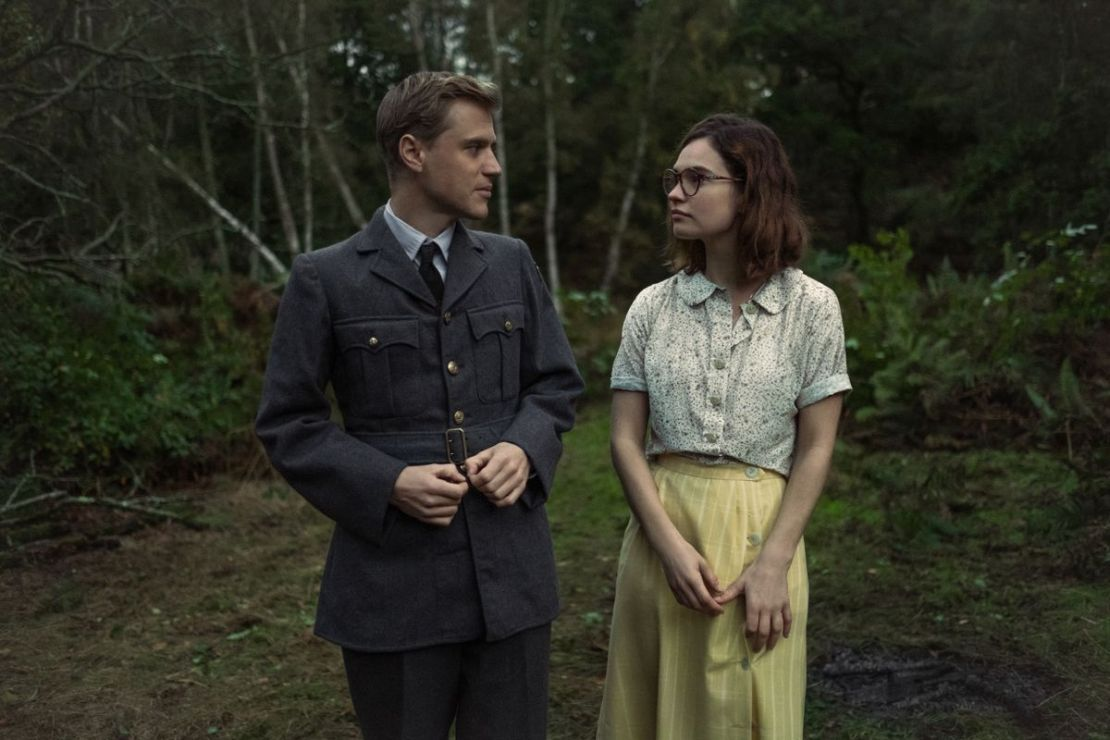 Rory and Peggy make awkward eyes at each other in The Dig