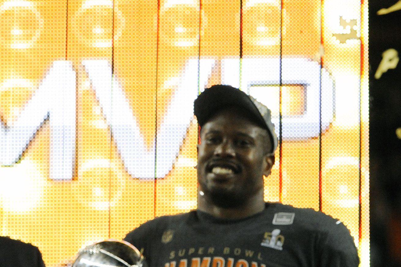 Super Bowl 50 - Denver Broncos v Carolina Panthers