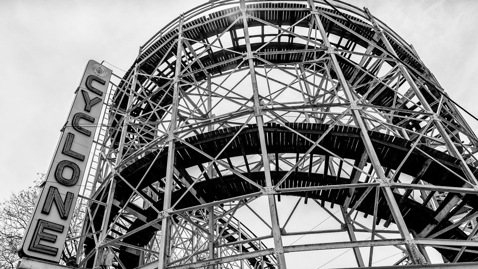 Coney Island S Iconic Cyclone Roller Coaster Celebrates Its 90th Birthday