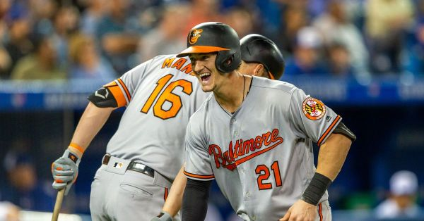 Orioles lose 15-inning marathon to Blue Jays, 11-10